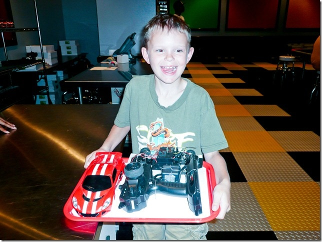 atlantis-speedway-boy-radio-control-car-kit
