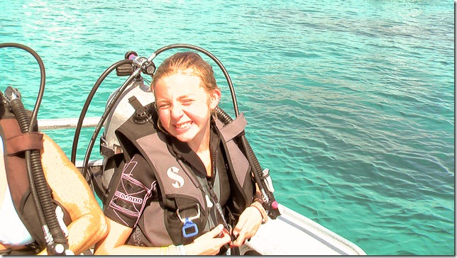 Diving Bahamas - Girl learns to scuba.
