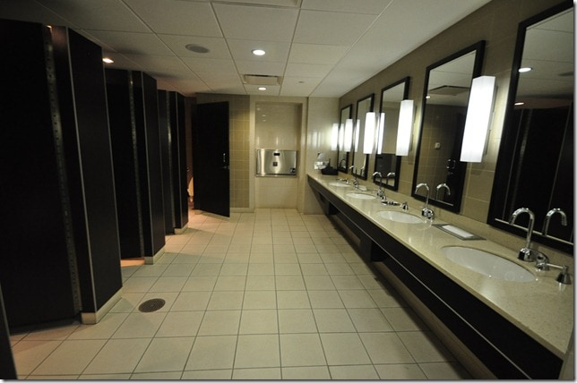 Admirals Club Ladies Restroom