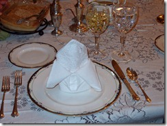 fancy-folded-napkin