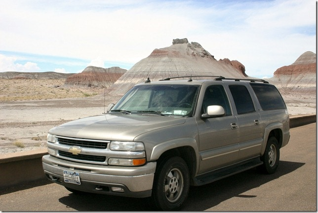 Chevy Suburban - Painted sands in Arizona