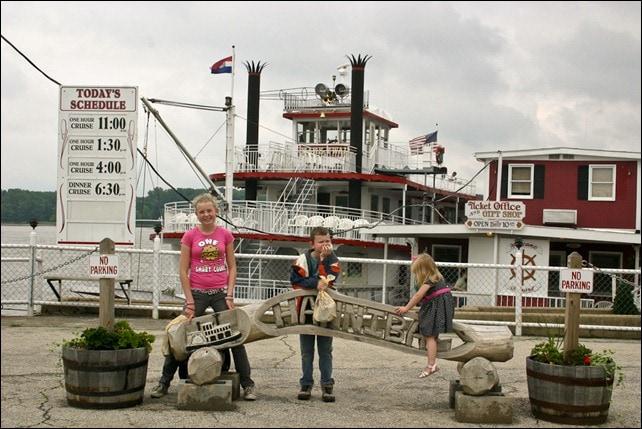 Riverboat Cruise - Hannibal, MO