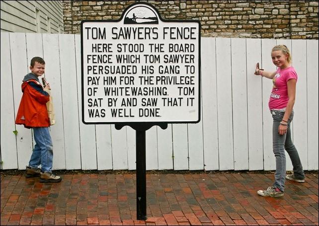 Tom Sawyer's Fence - Mark Twain Boyhood Home and Museum Properties - Hannibal, MO