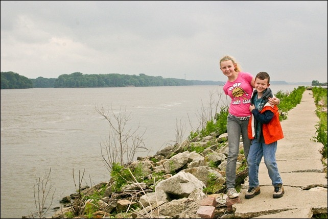 Two kids too close to the Mississippi River - Hannibal, MO
