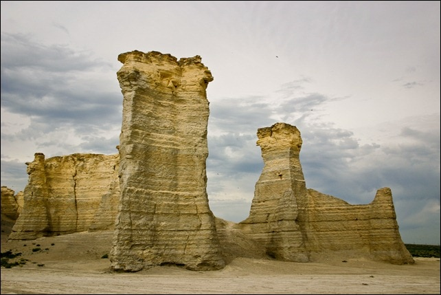 Monument Rocks - Chalk Pyramids - Kansas