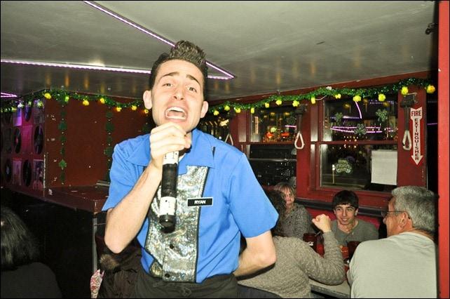 Stardust Diner Singing Waitstaff