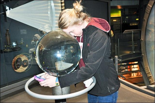 corning glass museum magnifyer_