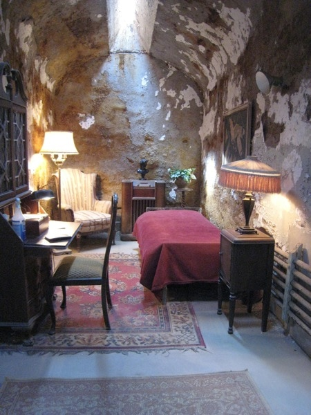 Al Capone Jail Cell Philadelphia Historic Site Eastern State Penitentiary.jpg