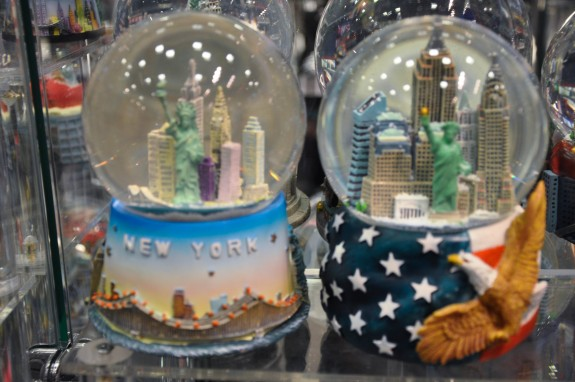 New York Snow Globes