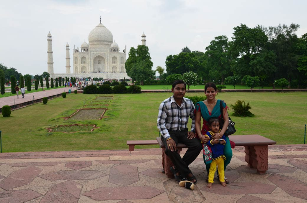 Taj Mahal Indian family photo