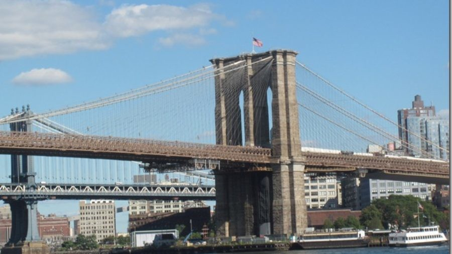 Visiting the Brooklyn Bridge with Kids