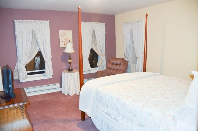 Pines Inn hotel room