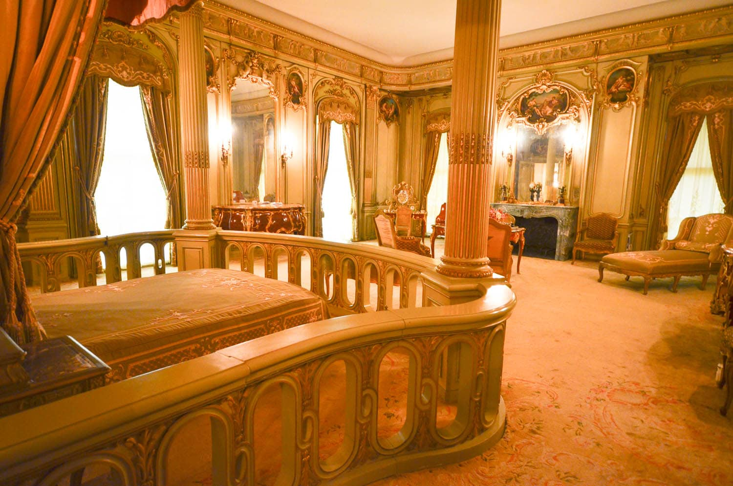 Vanderbilt mansion bedroom hyde park ny albany kid for 10 bedroom mansion