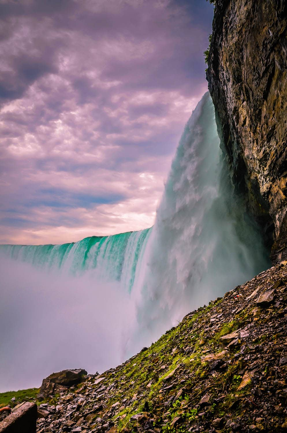 Niagara Falls Photos; Wet and Wild Close-Ups