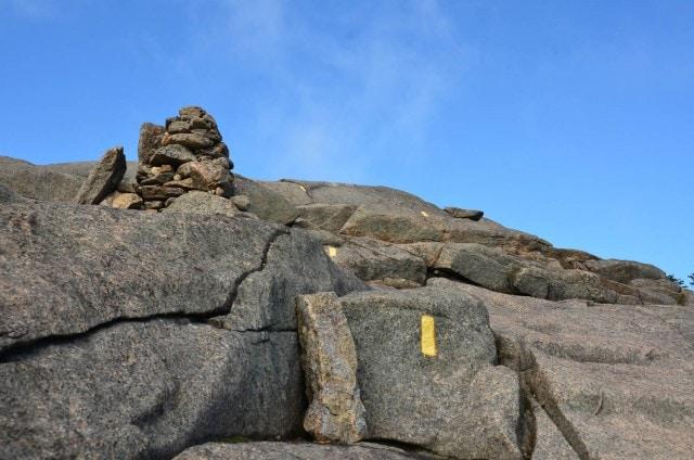 Cascade Mountain - cairns